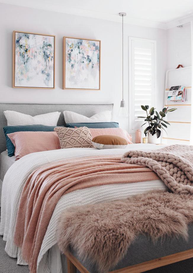 Tarina-Lyell-Oh-Eight-Oh-Nine-bedroom-Kate-Fisher-art