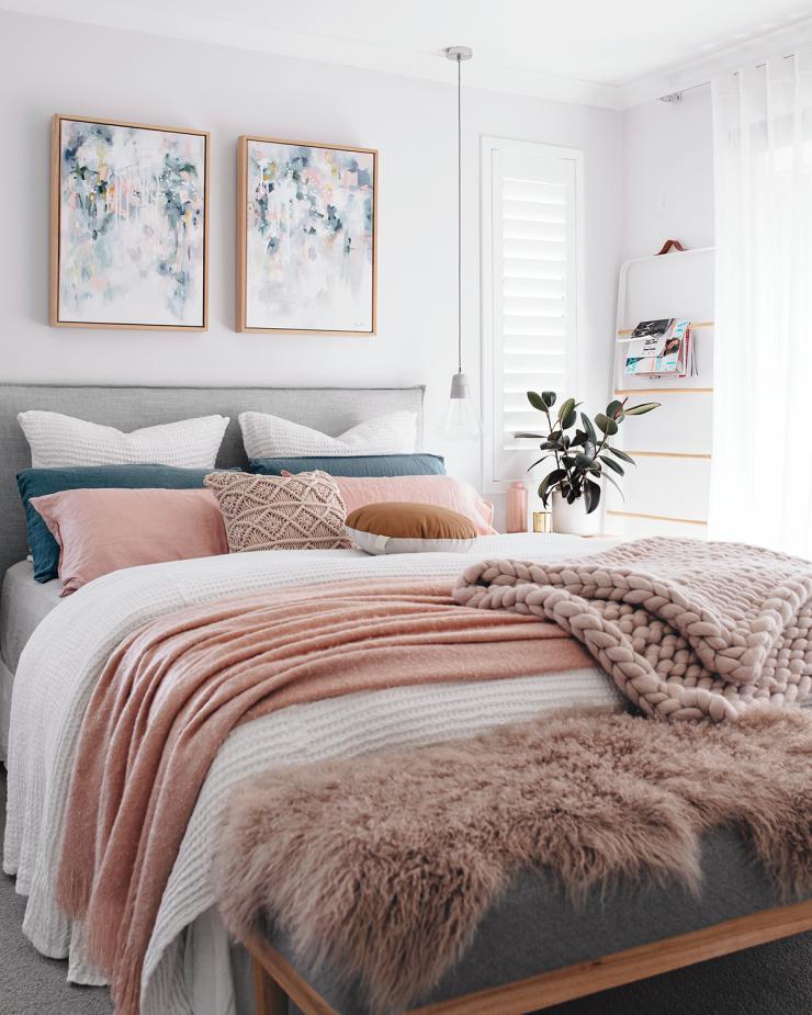 Tarina Lyell Oh.Eight.Oh.Nine bedroom Kate Fisher art